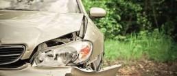 ollkasko Autoversicherung kaputtes Auto Frontschaden